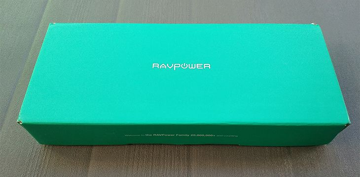 Packaging chargeur solaire RAVPower 25000 mAh