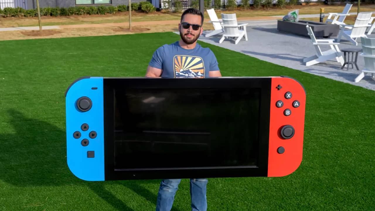 La Nintendo Switch la plus grande du monde par Michael Pick