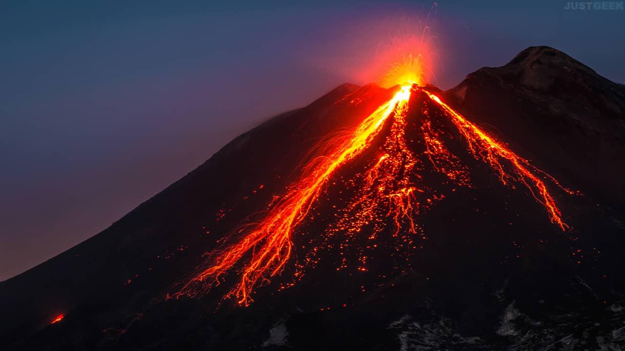 Volcan Etna éruption volcanique